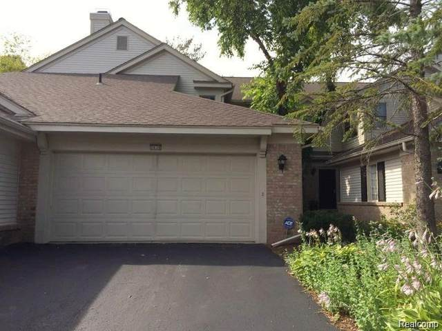 7639 Danbury Circle, West Bloomfield Twp, MI 48322 (#2210074912) :: National Realty Centers, Inc