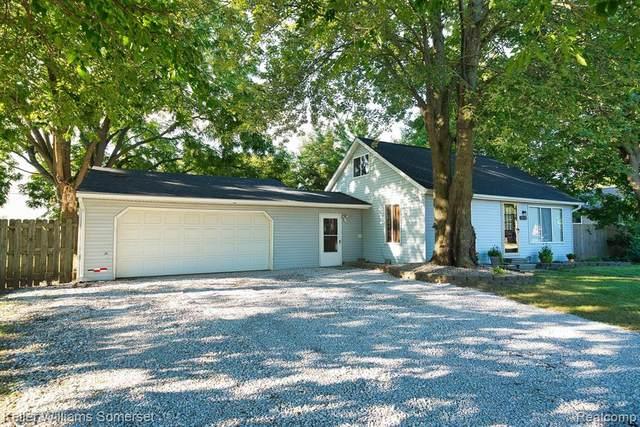20118 Voiland Street, Roseville, MI 48066 (#2210075015) :: GK Real Estate Team