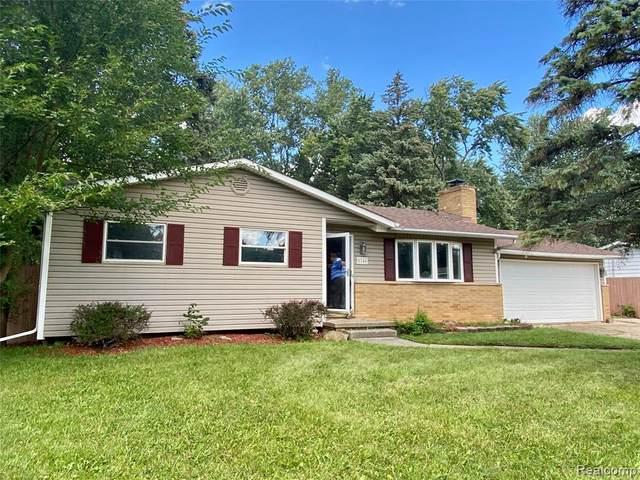5146 Monticello Drive, Swartz Creek, MI 48473 (#2210075042) :: Real Estate For A CAUSE