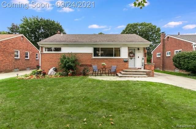 9939 Deering Street, Livonia, MI 48150 (#2210075312) :: GK Real Estate Team
