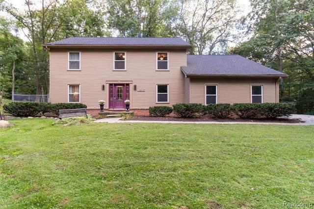 49603 Cherokee Circle, Canton Twp, MI 48187 (#2210075477) :: The Vance Group | Keller Williams Domain
