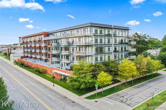 101 Curry Avenue #622, Royal Oak, MI 48067 (#2210075596) :: Real Estate For A CAUSE