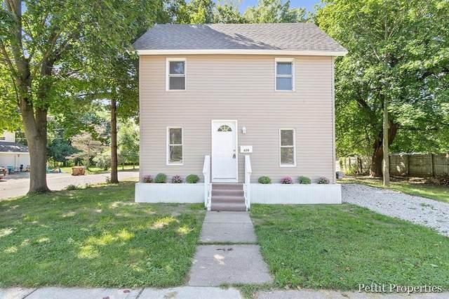 620 E Green Street, Marshall, MI 49068 (#65021105038) :: Duneske Real Estate Advisors
