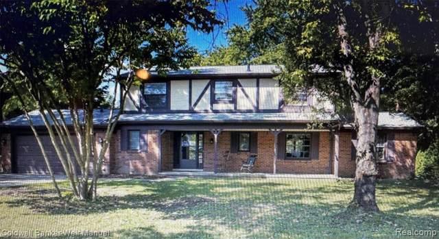 23117 Meadowbrook Road, Novi, MI 48375 (#2210075897) :: Duneske Real Estate Advisors