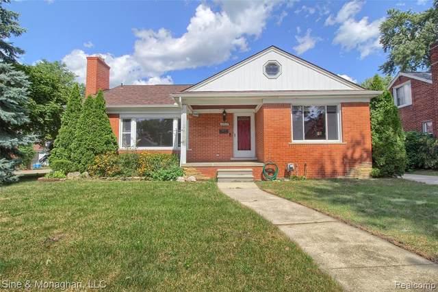 22011 Englehardt Street, Saint Clair Shores, MI 48080 (#2210075949) :: Duneske Real Estate Advisors
