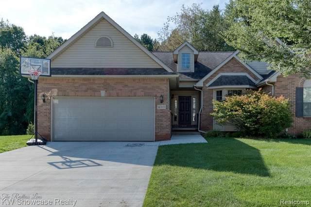 59635 Twin Pines Drive, South Lyon, MI 48165 (#2210076122) :: Duneske Real Estate Advisors