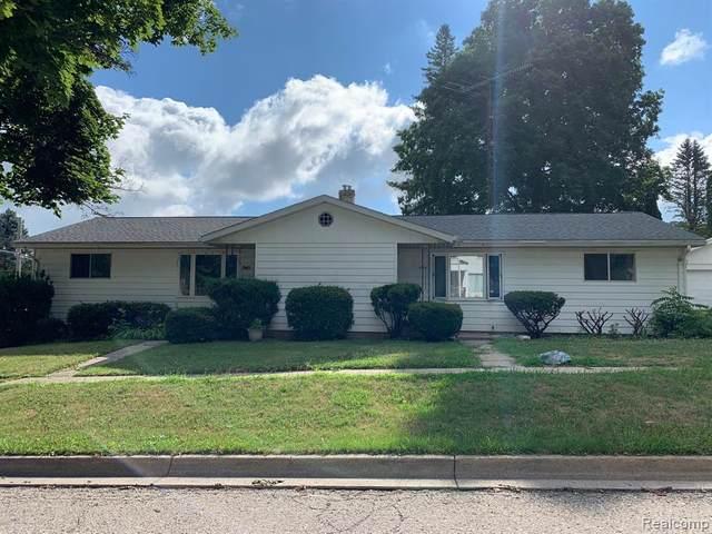 940 N Monroe Street, Lapeer, MI 48446 (#2210076184) :: Real Estate For A CAUSE