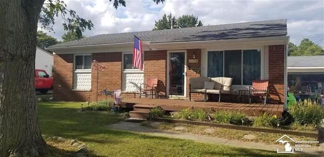 30316 Fairfax, Livonia, MI 48152 (#57050054728) :: GK Real Estate Team