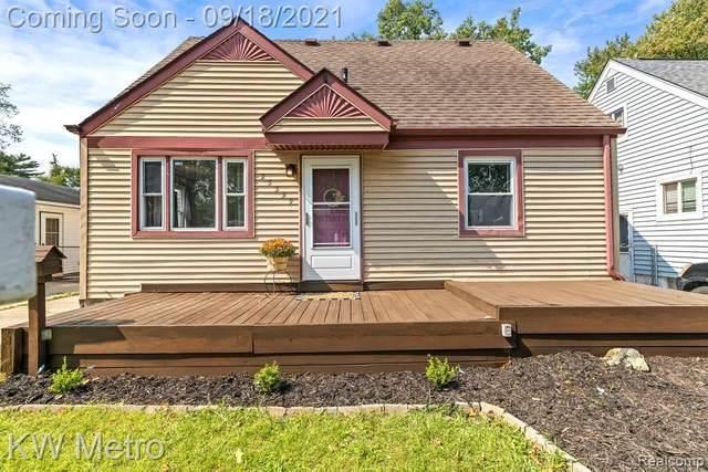 23329 Cayuga Avenue, Hazel Park, MI 48030 (#2210076519) :: Duneske Real Estate Advisors