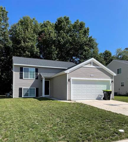 1004 Pinewood Drive, MONTCALM TWP, MI 48838 (#65021105473) :: Duneske Real Estate Advisors