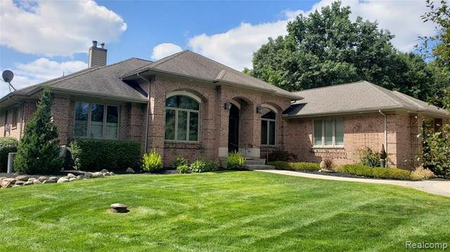 2436 Craggs Lane, Highland Twp, MI 48380 (#2210076826) :: National Realty Centers, Inc