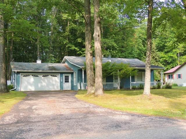 9211 St. Ives Drive Drive, Morton Twp, MI 49346 (#72021105593) :: GK Real Estate Team