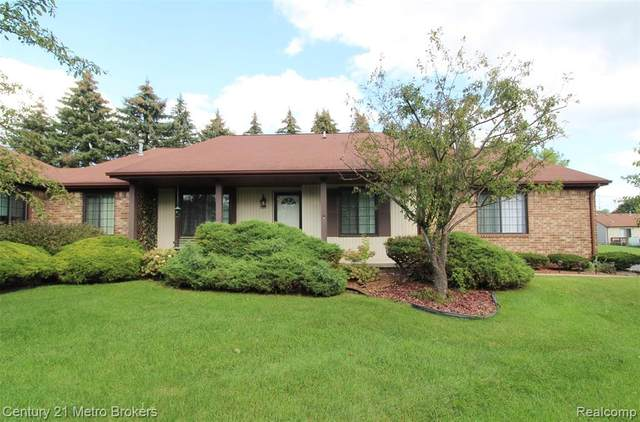 5015 Sandalwood Drive, Grand Blanc Twp, MI 48439 (#2210077013) :: Real Estate For A CAUSE