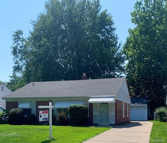 11235 W Clements Circle, Livonia, MI 48150 (#2210077660) :: GK Real Estate Team