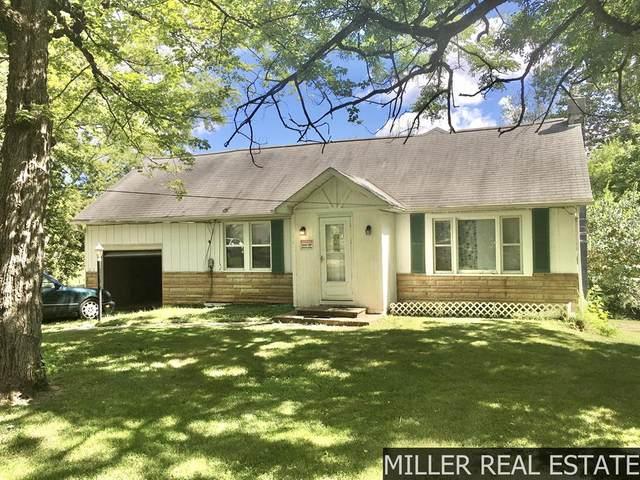 241 Parcom Street, Comstock Twp, MI 49048 (#65021105944) :: Duneske Real Estate Advisors