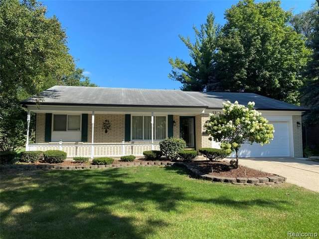 2259 Cumberland Drive, Troy, MI 48085 (#2210077833) :: GK Real Estate Team