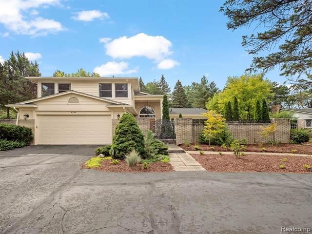 4748 S Valleyview Road, West Bloomfield Twp, MI 48323 (#2210077971) :: GK Real Estate Team