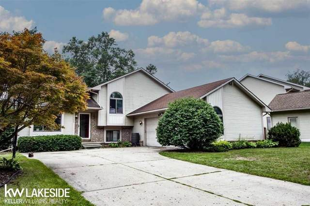 2889 Bayberry, Waterford, MI 48329 (#58050055245) :: The Vance Group   Keller Williams Domain