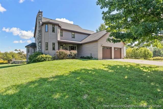 17170 Pine Lake Avenue NE, Nelson Twp, MI 49343 (#65021106216) :: Duneske Real Estate Advisors
