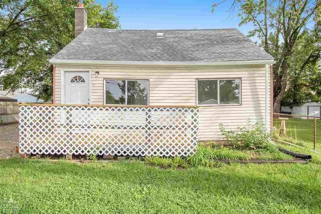 2165 Webber Ave, Burton, MI 48529 (#58050055259) :: Real Estate For A CAUSE
