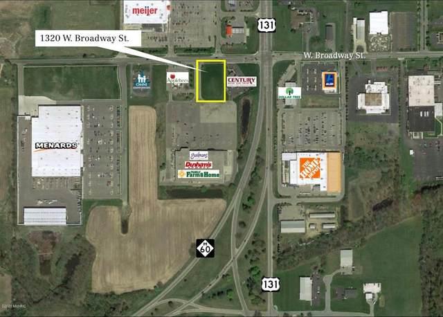1320 W Broadway Street, Three Rivers, MI 49093 (#66021106277) :: The Vance Group   Keller Williams Domain