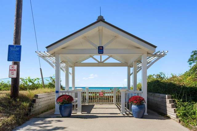 3901 Lake Shore Drive Drive, Chikaming Twp, MI 49117 (#69021106333) :: GK Real Estate Team