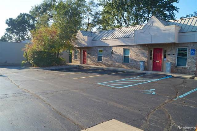 4010 W Walton Blvd Ste A Boulevard, Waterford Twp, MI 48329 (#2210078158) :: Real Estate For A CAUSE