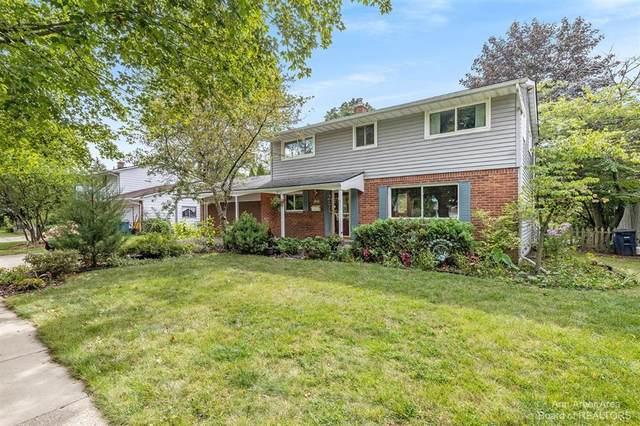 1627 Hillridge Boulevard, Ann Arbor, MI 48103 (#543283991) :: RE/MAX Nexus