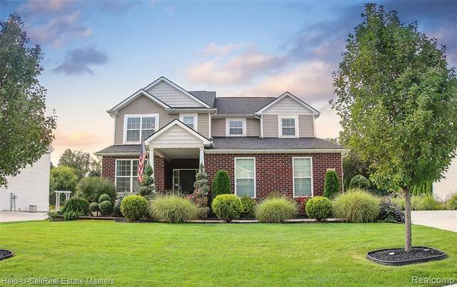10700 Bouldercrest Drive, Green Oak Twp, MI 48178 (#2210078228) :: GK Real Estate Team