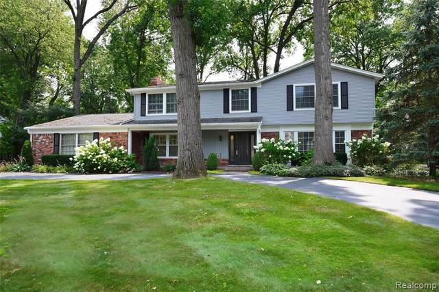 2433 Wembly Lane, Troy, MI 48084 (#2210078340) :: GK Real Estate Team