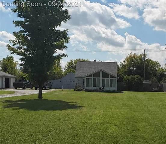 8044 Lippincott, Davison Twp, MI 48423 (#5050055422) :: Real Estate For A CAUSE
