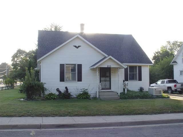 825 N East Street, Hastings, MI 49058 (#65021106474) :: Novak & Associates
