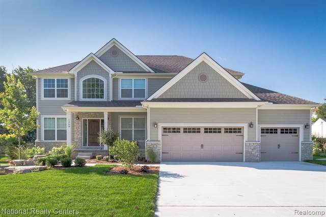 33 Morgan Lake Drive, Independence Twp, MI 48348 (#2210078650) :: Duneske Real Estate Advisors