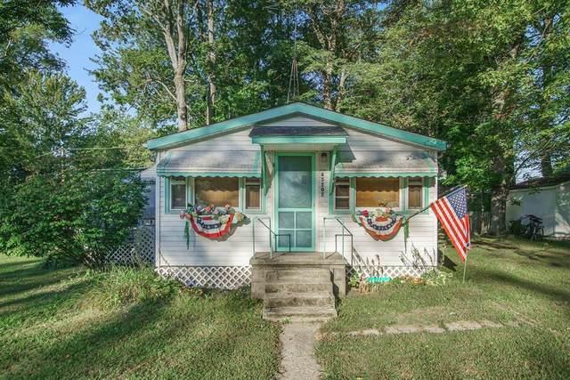 43202 Maple Avenue, Bangor Twp, MI 49013 (#69021106667) :: The Alex Nugent Team | Real Estate One