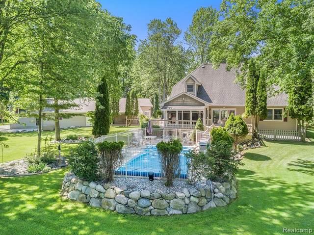 4939 Cedar Lake Road, Marion Twp, MI 48843 (#2210078936) :: The Vance Group | Keller Williams Domain