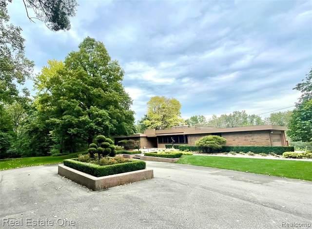 2083 Bonnie Brae Street, Rochester Hills, MI 48309 (#2210078979) :: Duneske Real Estate Advisors