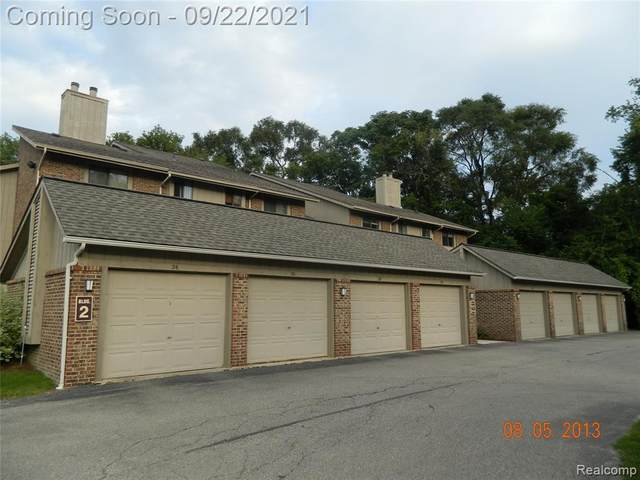 11791 Sycamore Drive, Plymouth Twp, MI 48170 (#2210079090) :: BestMichiganHouses.com