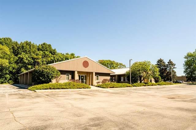 2525 Lake Pine Drive, Lincoln Twp, MI 49085 (#69021106839) :: Novak & Associates
