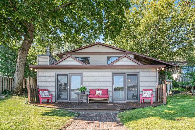 1226 N Eagle Lake Drive, Texas Twp, MI 49009 (#66021106861) :: Duneske Real Estate Advisors