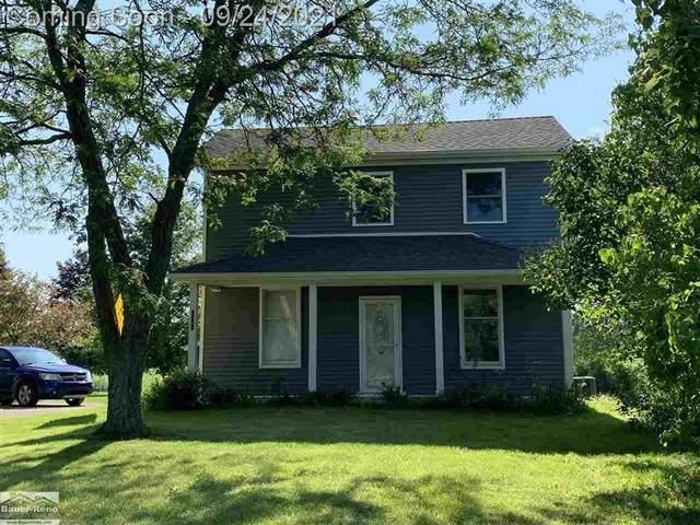 6123 Fargo, Greenwood Twp, MI 48006 (#58050055619) :: The Vance Group | Keller Williams Domain