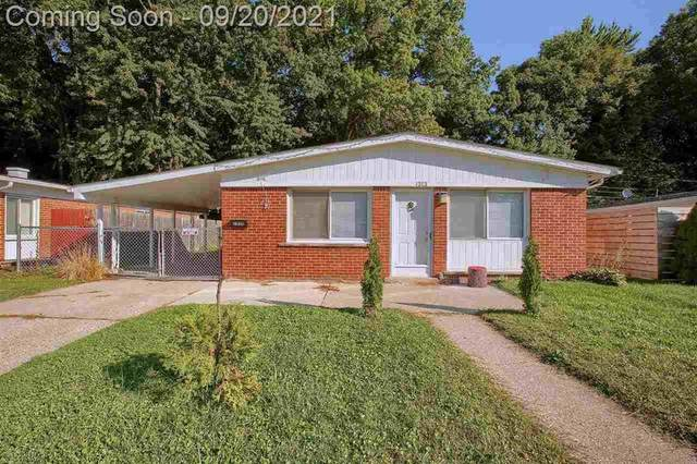 1313 Moulin Ave, Madison Heights, MI 48071 (#58050055620) :: Alan Brown Group