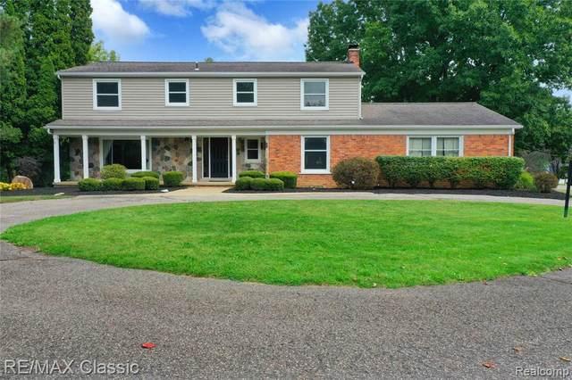 20120 Westview Drive, Northville Twp, MI 48167 (#2210079161) :: Duneske Real Estate Advisors