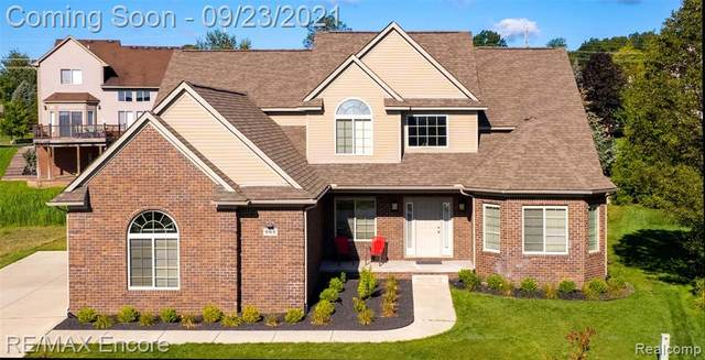 982 Chelsea Blvd, Oxford Twp, MI 48371 (#2210079211) :: Real Estate For A CAUSE