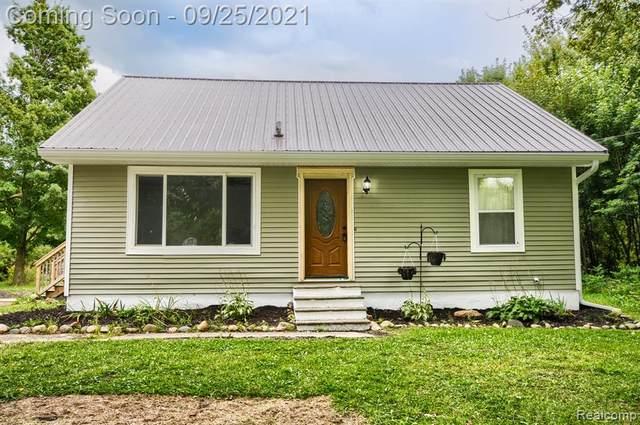 7316 Lapeer Road, Davison Twp, MI 48423 (#2210079212) :: Real Estate For A CAUSE