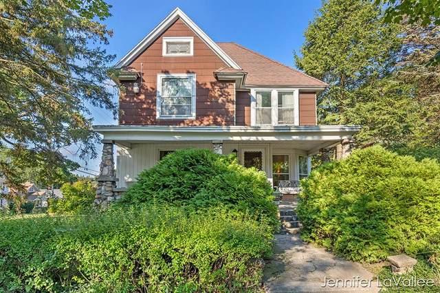 2003 Coit Avenue NE, Grand Rapids, MI 49505 (#65021106896) :: GK Real Estate Team