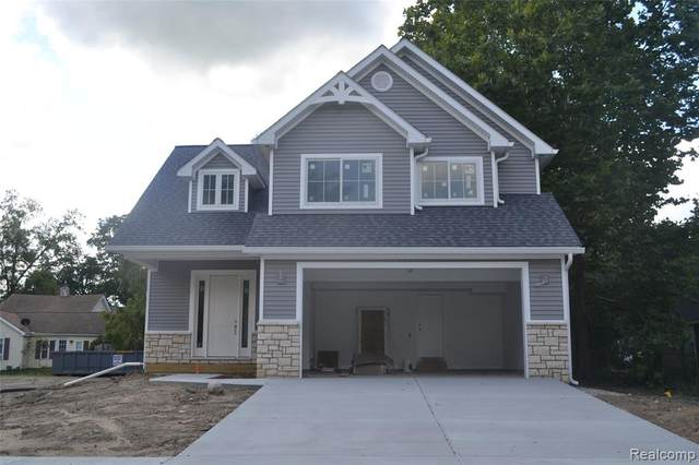 401 North St Street, Holly Vlg, MI 48442 (#2210079228) :: Real Estate For A CAUSE
