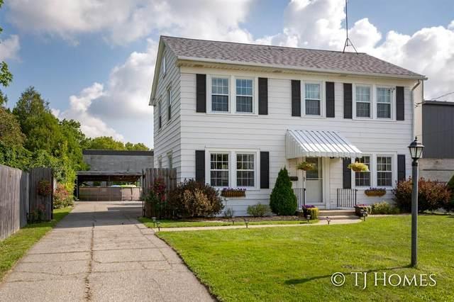 627 Marywood Drive NE, Grand Rapids, MI 49505 (#65021106921) :: GK Real Estate Team