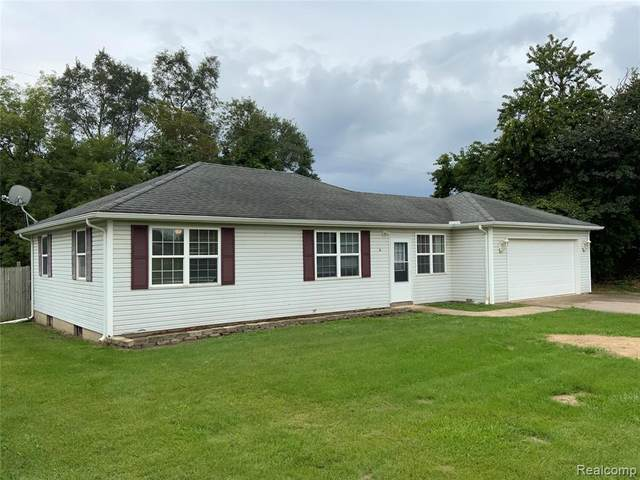 4584 Rood Road, Holly Twp, MI 48442 (#2210079412) :: Real Estate For A CAUSE