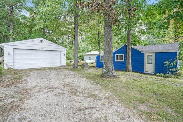 2824 Morton Avenue, Orleans Twp, MI 48865 (#65021106969) :: GK Real Estate Team