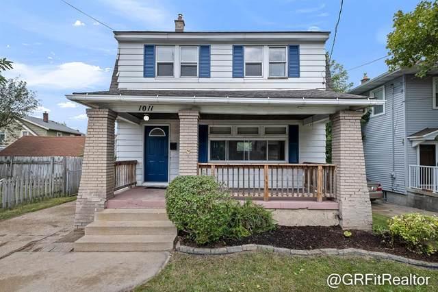 1011 Lyon Street NE, Grand Rapids, MI 49503 (#65021106985) :: GK Real Estate Team